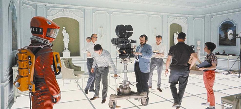 """Stanley Kubrick no set de """"2001: Uma Odisséia no Espaço"""""""