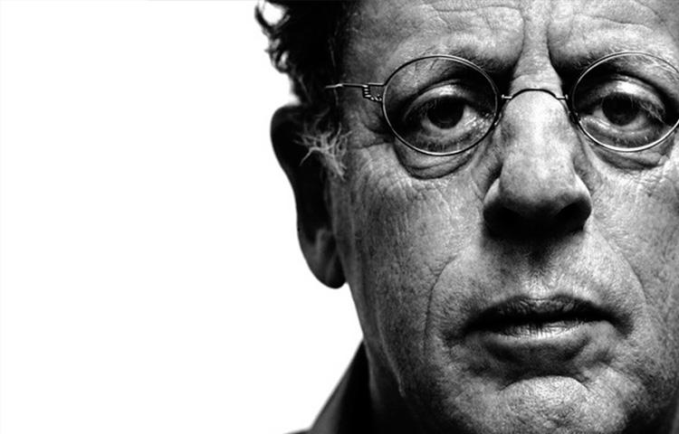 A importância de Philip Glass no cenário musical e cinematográfico