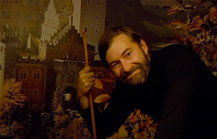 """Creep 2"" e os presságios sobre a morte do Cinema"